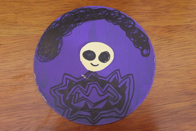recyled cd, cd craft, cd art, paint, aliens, space