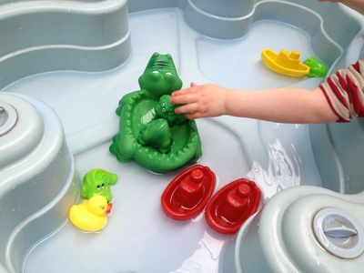 Water, play, preschool